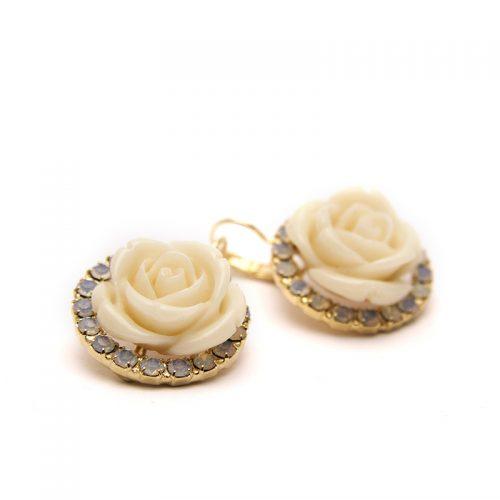 Orecchini con cristalli Swarovski e rose in resina